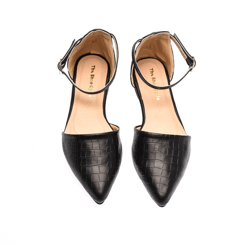 The Shoe Cycle Alligator Flats - Black (ANI 001)