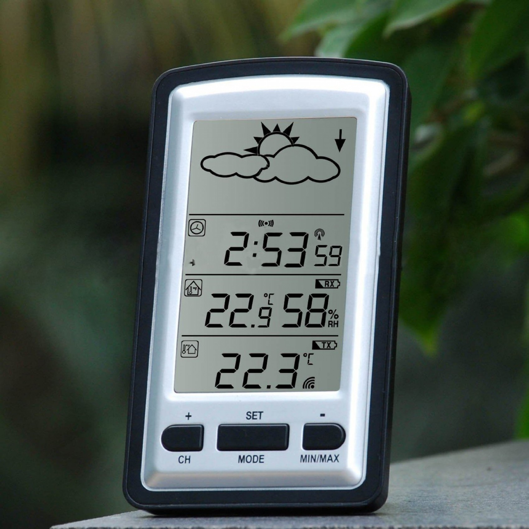 Wireless Weather Station With Clock