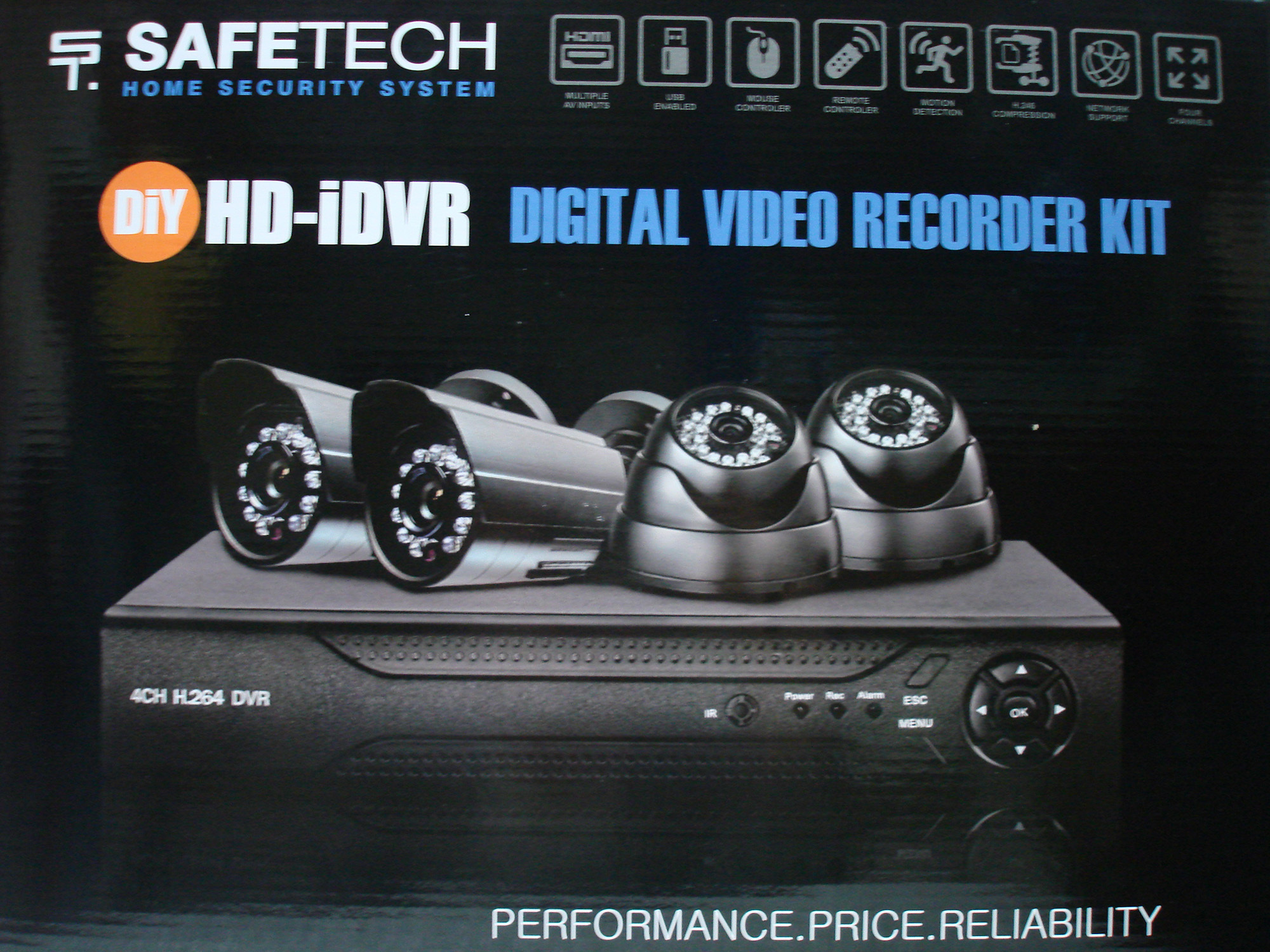 SAFETECH DVRK4200 HD-IDVR Digital Video Recorder Kit (4806509153881)