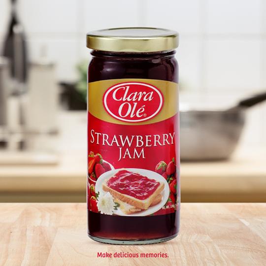Clara Ole Strawberry Jam 320g