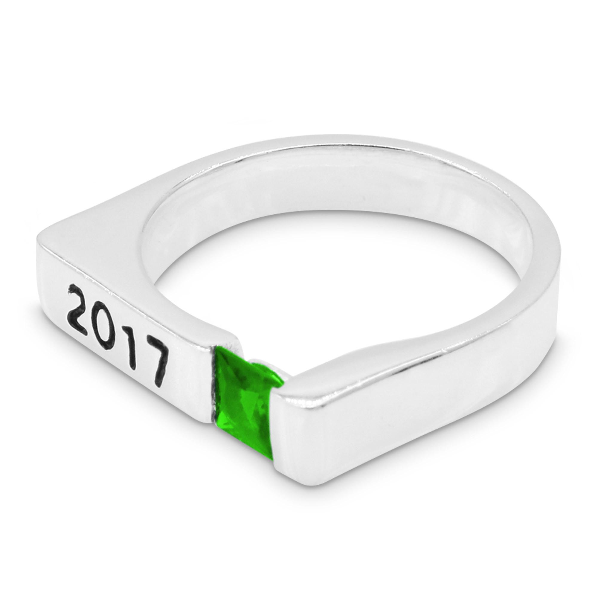 R6329 Classy Mens Graduation Ring