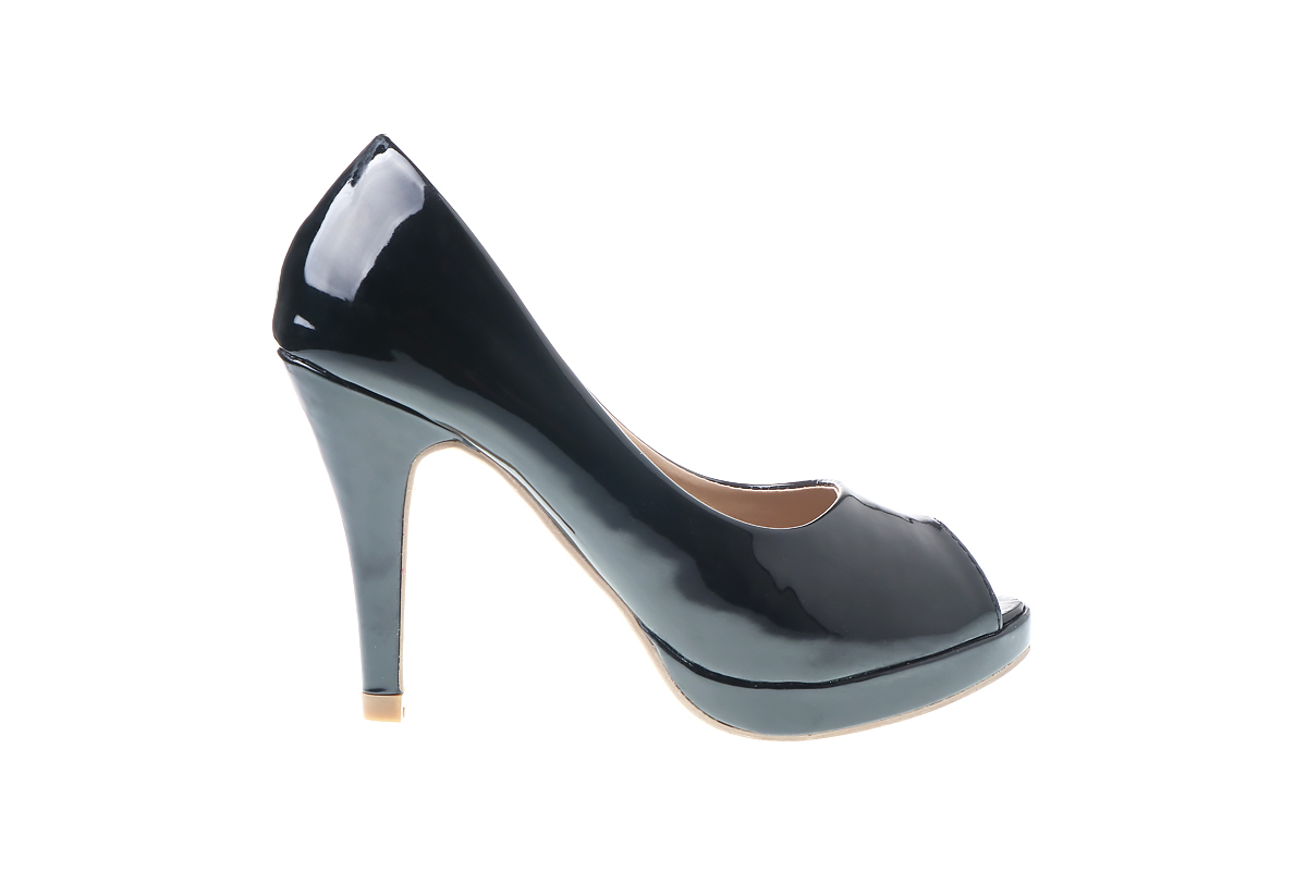 Raevynn Pumps