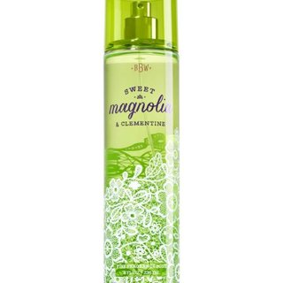 BATH AND BODY WORKS FRAGRANCE MIST SWEET MAGNOLIA AND CLEMENTINE 236 ML