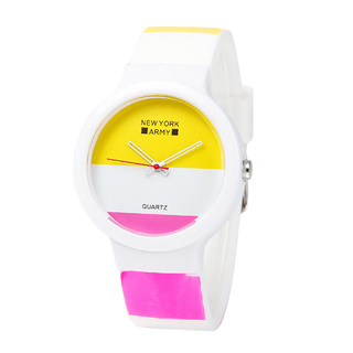 Newyork Army Whiteeni Art Silicon Watch