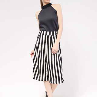Black Pearl Haltered Top and Stripes Culottes from Topmanila Clothing (Black Top and Black Culotte Stripes Pattern)