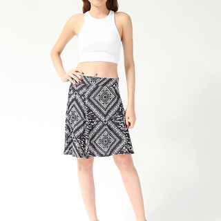 YESSICA LDS SKATER SKIRT BLACK-WHITE (61245)
