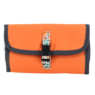 Weekeight Washbag (Orange)