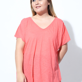 V-NECK SHIRT WITH BACK PLEAT (Coral)