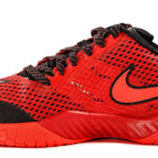 NIKE HYPERLIVE RED (819663-600)