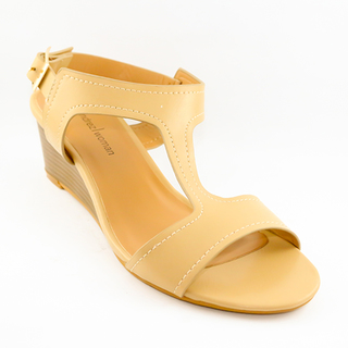 Mendrez Janella T strap sandals on wedge heel