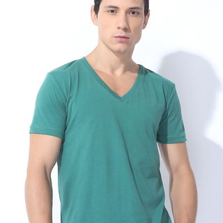 FOLDED AND HUNG SOLID CVC SHIRT VERDANT GREEN (M6PETT27G)