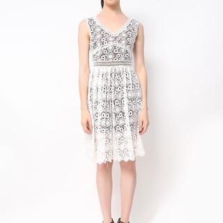 Host White Lace Dress Empire Cut (Freesize)