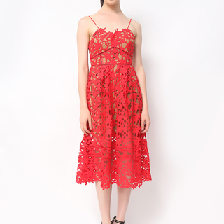 Host Red Lace Dres Luxe Quality (Freesize)
