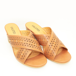 Jane Heels Sandals with Cross Strap Design