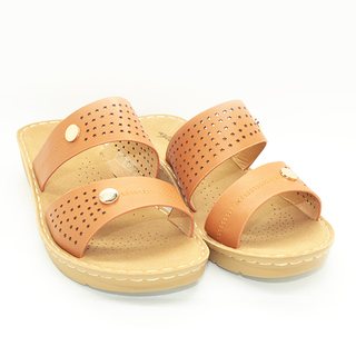 Aniyah Wedge sandals with Lazercut Design