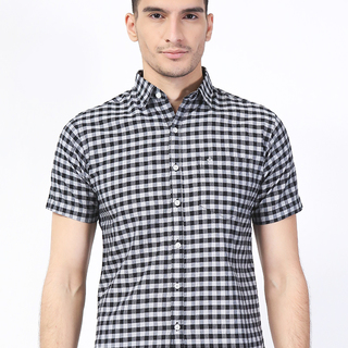 French Connection Gray Checkered Short Sleeves Classic Fit Polo (AKE160469976)