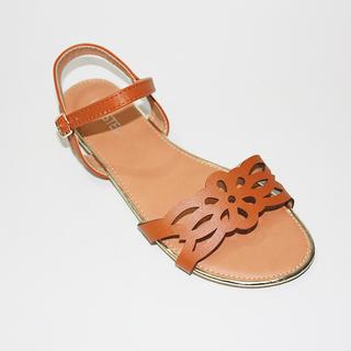 GIA Flat sandals with Lazercut Design