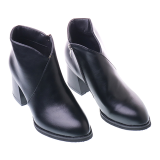 Line Boots