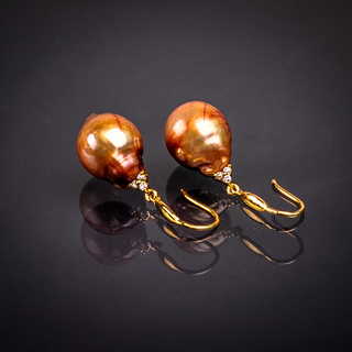 Classic Pearl Dangling Earrings (Brown and Gold)