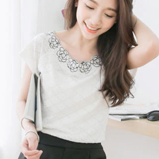 Blossomy Lace Love Top - White