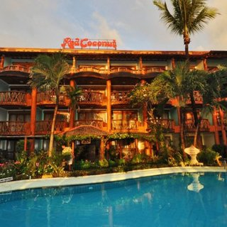 Red Coconut Boracay Beach Front 3D2N -₱ 6,344.00 X 4 PAX - Half Board (October 16 - June 15)