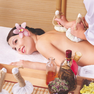 Earthly Senses Spa Refresh, Relax and More Packages - Gift Certificates - Combi Services 1.5Hrs (30mins foot spa; 30mins body scrub; 3omins full body massage)