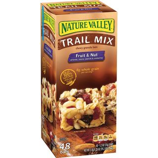 Nature Valley Trail Mix & Nut Granola Bars 1.6kg - 016000196964 (2330250)